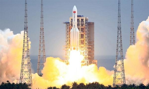 Mảnh vỡ tên lửa Trung Quốc 21 tấn sắp rơi xuống Trái Đất