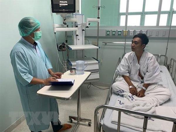 Đại sứ quán Việt Nam tại Thái Lan hỗ trợ 5 ngư dân Việt Nam bị chìm tàu cá