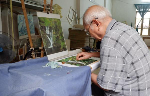 Người nghệ nhân tài hoa của Hà Nội: Truyền thần bằng đường kim mũi chỉ