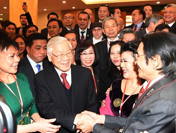 Tiếp tục thực hiện hiệu quả công tác về người Việt Nam ở nước ngoài