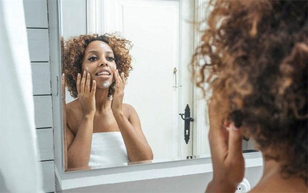 Chăm sóc da tuổi 20, giảm nếp nhăn tuổi 40