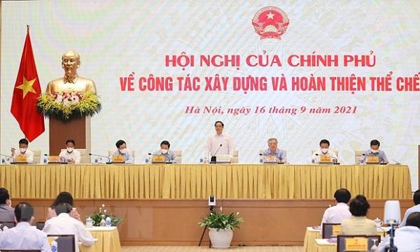 Thủ tướng: Chống tham nhũng, lợi ích nhóm trong xây dựng thể chế