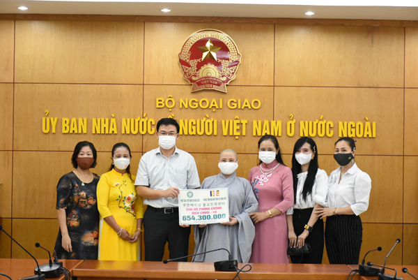 Cộng đồng người Việt Nam tại Hàn Quốc, Đức và Trung Quốc ủng hộ phòng chống COVID trong nước