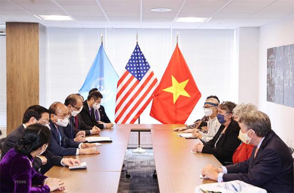 Chủ tịch nước Nguyễn Xuân Phúc tiếp đại diện bạn bè Hoa Kỳ