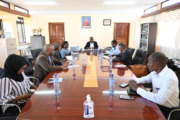 Đại sứ Nguyễn Nam Tiến thăm và làm việc tại tỉnh Mtwara, Tanzania